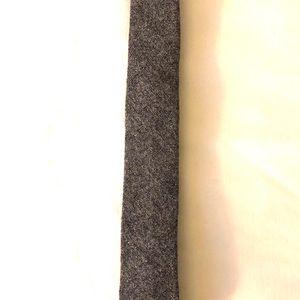 Banana Republic Wool Tweed Skinny Slim Tie